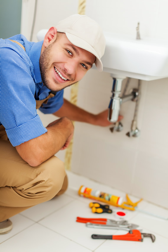 hire a licensed plumber for your home