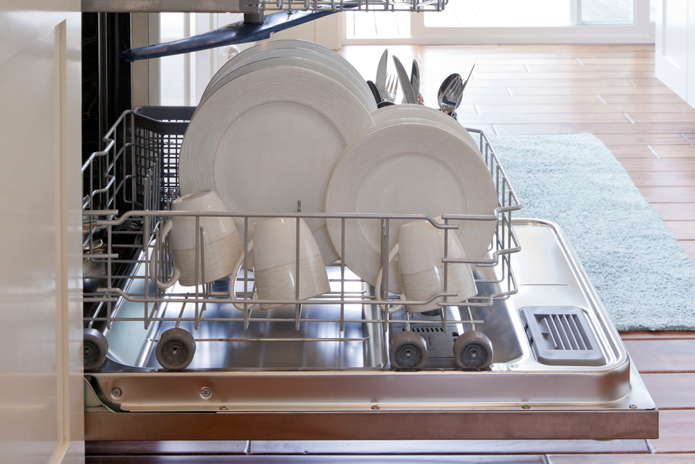 7 Tips to Fix Your Dishwasher when it is Not Draining!