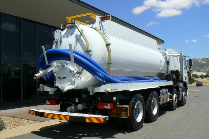 How does Vacuum Truck Services Can Help You in Liquid Waste removal?