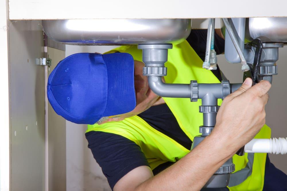 Plumbing Repair vs Replacement